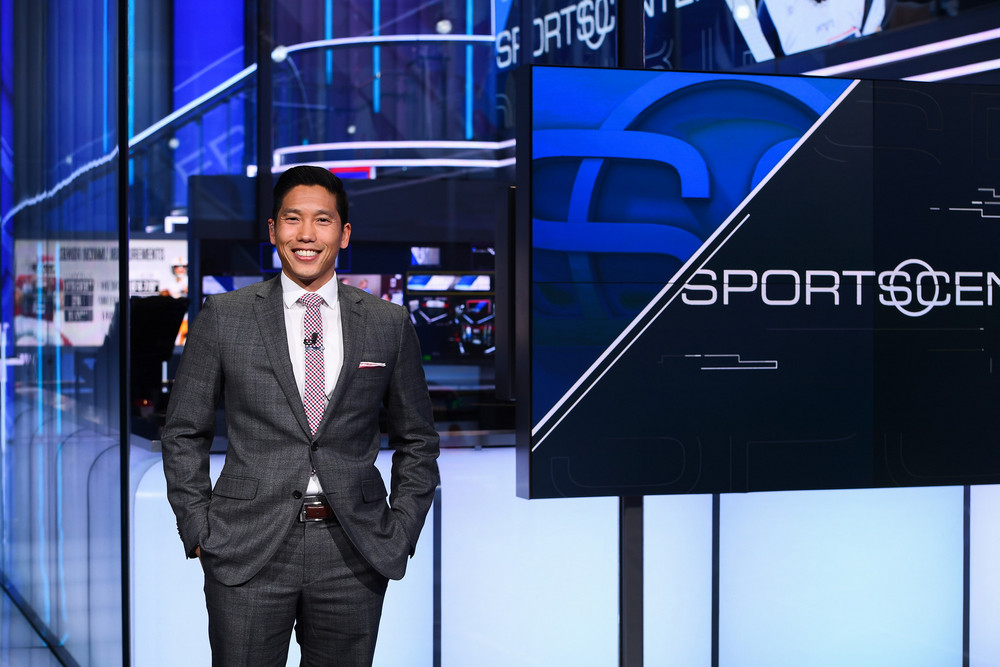 Meet Cary, Sports Anchor | Gladeo